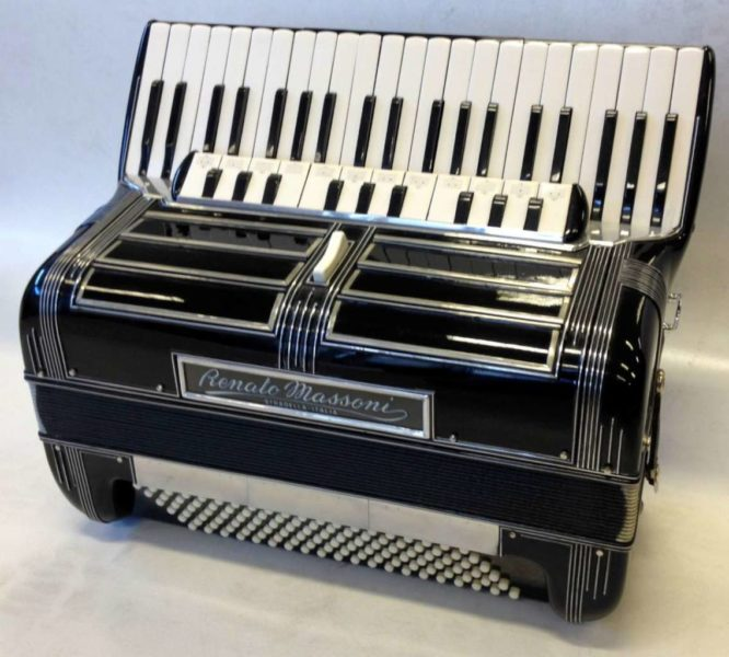 Renato Massoni Accordion