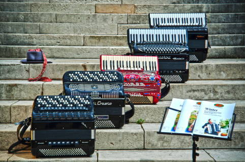 accordion rental