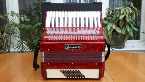 Chanson 30/48 accordion Red