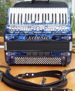 Blue Exclusive Accordion 41/132