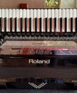 Roland V-Accordion FR8X