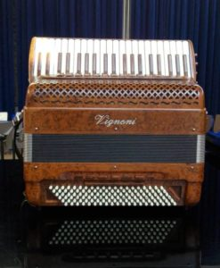 Vignoni 41/120 5/5 C-griff free bass piano accordion